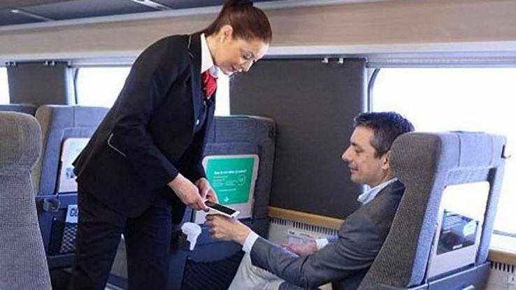 Svezia, chip sottopelle al posto del biglietto del treno