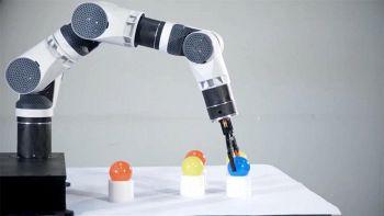 Comau e.Do, il robot modulare e open source