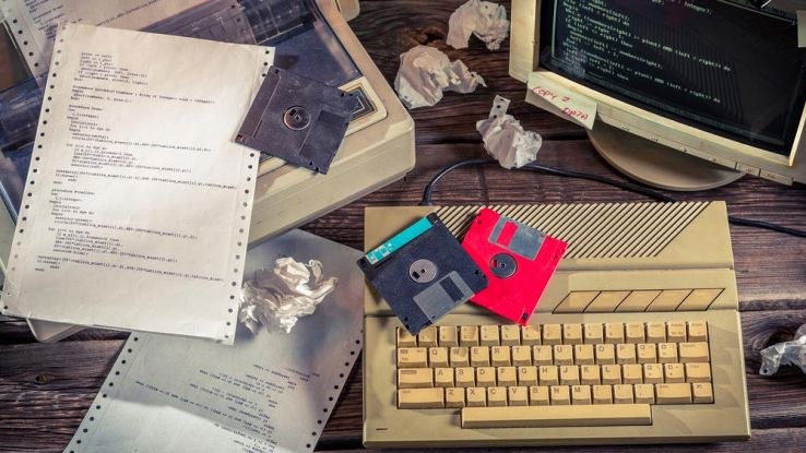 La difesa degli USA affidata a floppy disk e PC degli anni '70