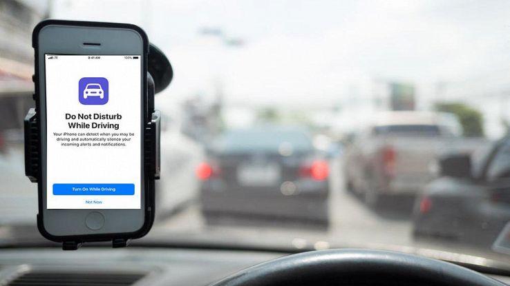 IOS 11, notifiche dei messaggi bloccate mentre si guida