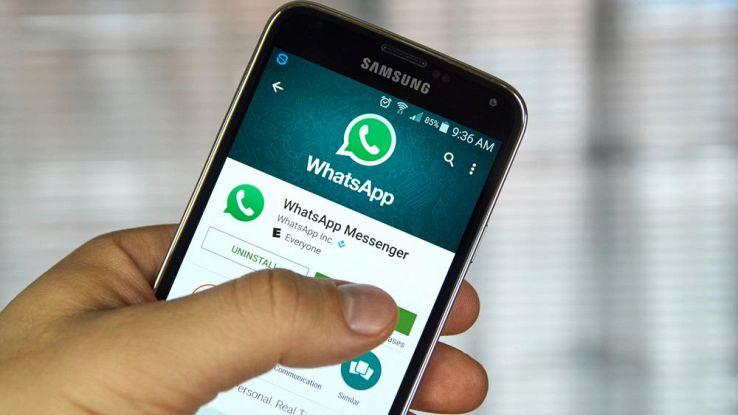 WhatsApp, come risparmiare dati disattivando il download automatico