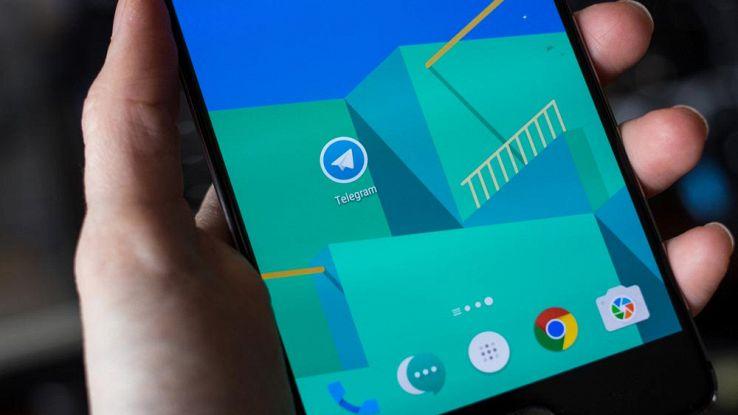 """Android 7.1, presente la modalità """"antipanico"""" contro i malware"""