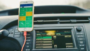 Auto vecchia senza Bluetooth: come fare per averlo?