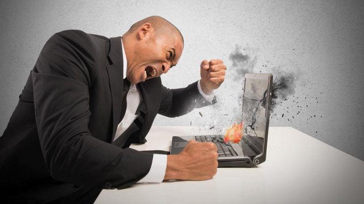 È ufficiale, il PC lento ci rende tristi, lo dice la scienza