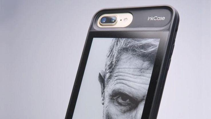 InkCase i7 Plus, la custodia che aggiunge un altro schermo all'iPhone