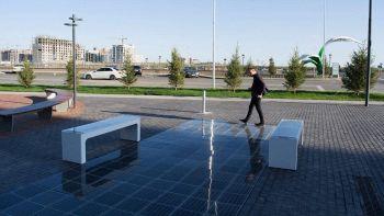 Platio, pannello fotovoltaico per marciapiedi e panchine