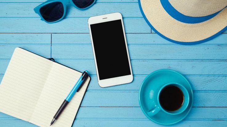accessori-smartphone-vacanze