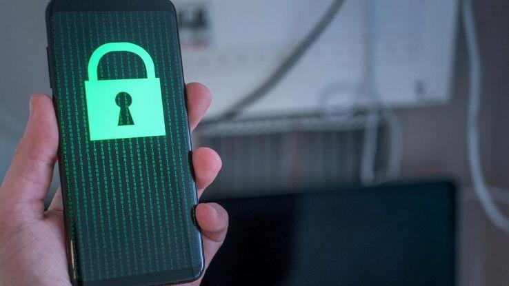 Android, scoperte 500 app che rubano dati degli utenti