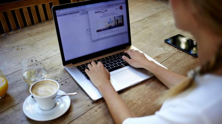 Come nascondere file e cartelle nel Mac