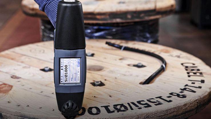 HandJet, la stampante manuale che stampa su legno, cemento e metallo