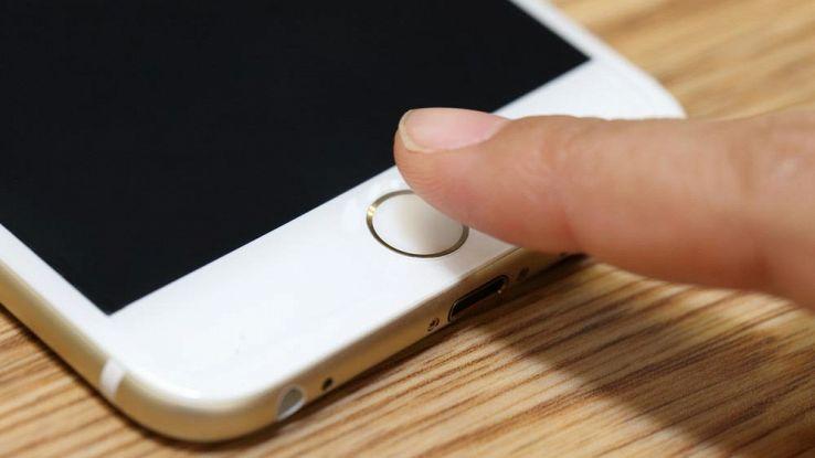 Come sbloccare l'iPhone con l'impronta digitale