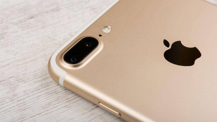 iPhone 7 Plus, particolare della fotocamera