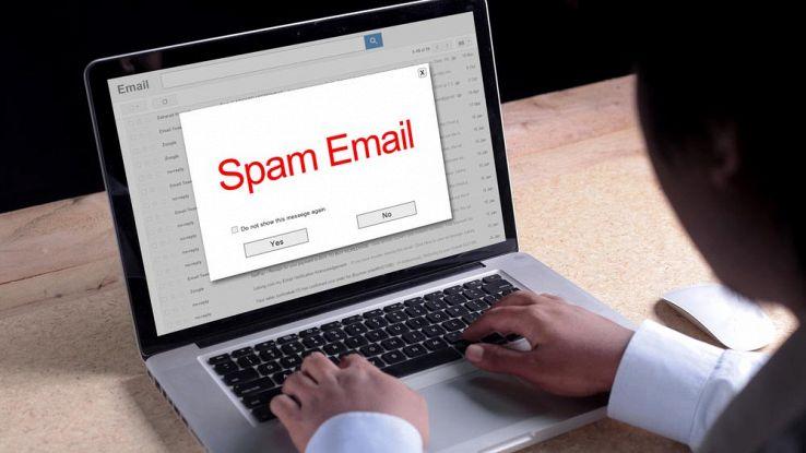 Scoperto l'archivio dello spam: oltre 700 milioni di indirizzi email