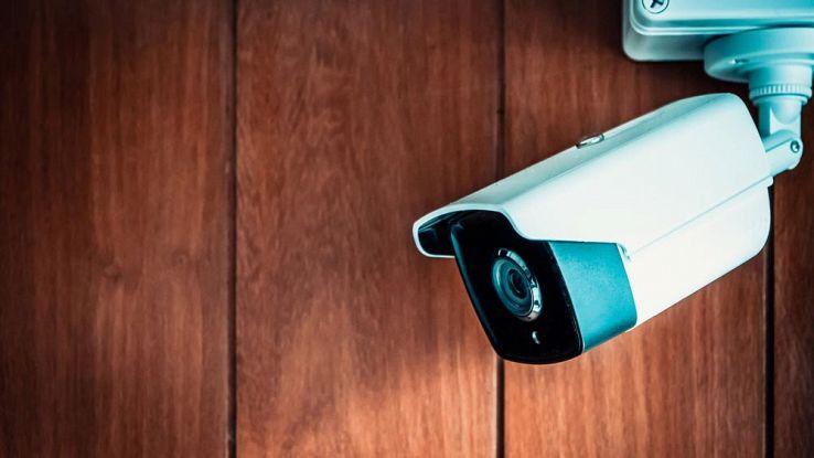 Oltre 120.000 videocamere di sicurezza sono facilmente hackerabili