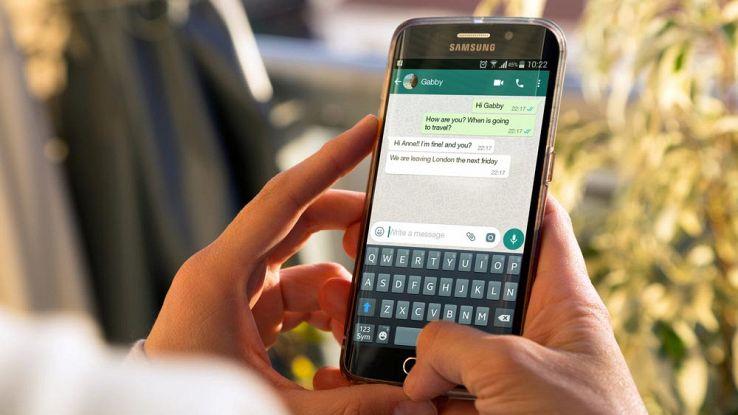WhatsApp, ecco i filtri per le foto e la possibilità di inviare soldi