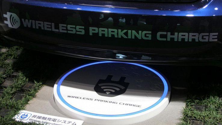 Ricarica auto elettrica sarà wireless