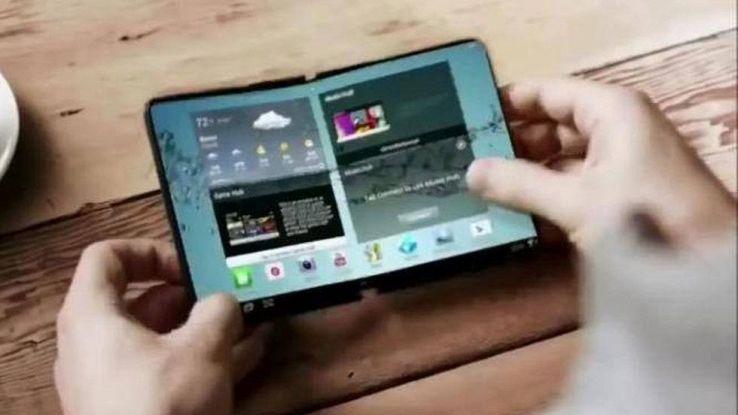 Samsung Galaxy X, lo smartphone pieghevole compare in Corea