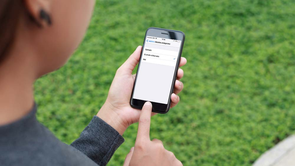 A) Come Nacondere Messaggi SMS iPhone
