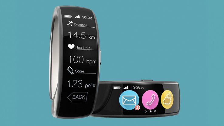 Microsoft, brevettato uno smartphone da polso
