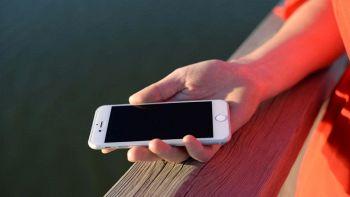 IPhone 8, addio al sensore di impronte: eliminato perché manca spazio