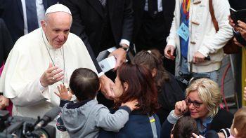 Papa: non sottovalutare violenza online
