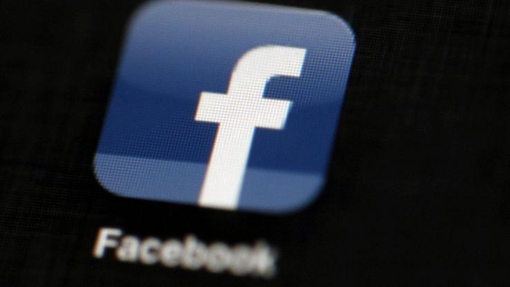 Facebook, test per 'Pagine'fuori da news