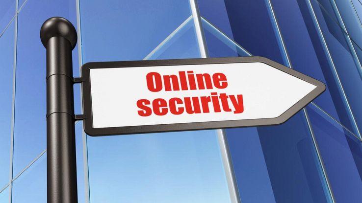Come navigare online senza lasciare traccia