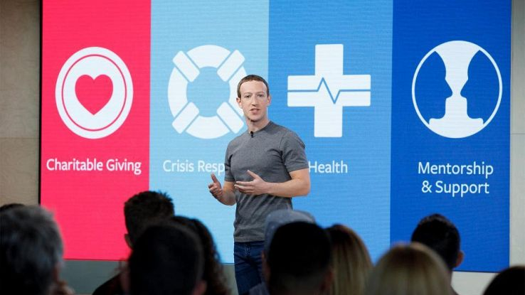 Facebook, fondo da 50mln per beneficenza