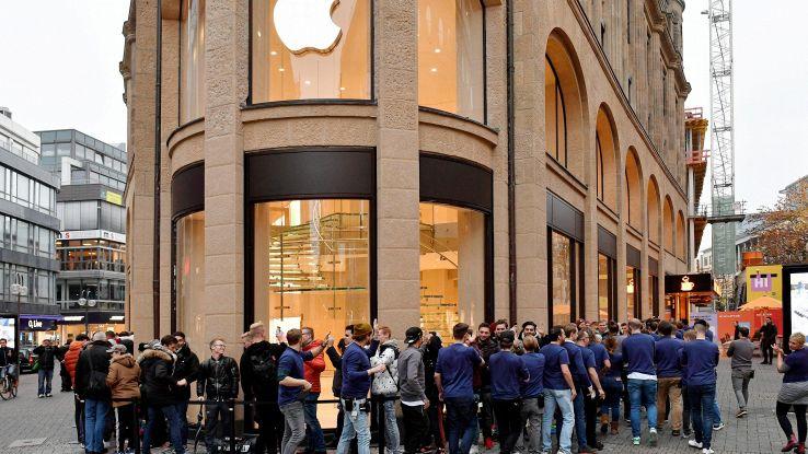 Apple: è il giorno di iPhone X