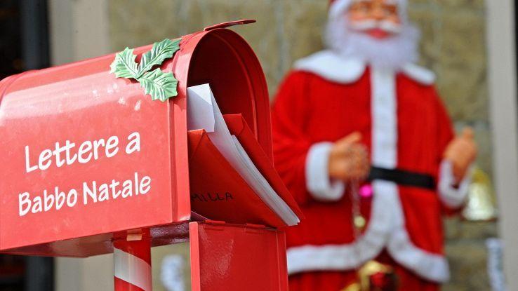 Natale: 1 italiano su 2 fa regali online