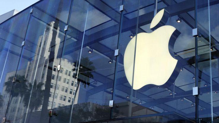 Apple, boom utile e ricavi nel trimestre