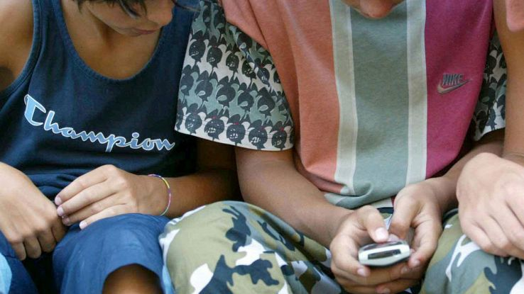 Dipendenza da smartphone crea squilibrio