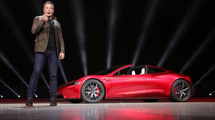 Tesla roadster pronta a viaggio su Marte