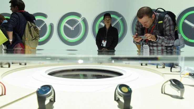 Boom orologi ibridi, 78 mln nel 2021