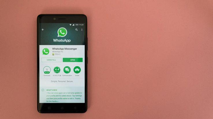 Come rispondere ai messaggi WhatsApp senza apparire online