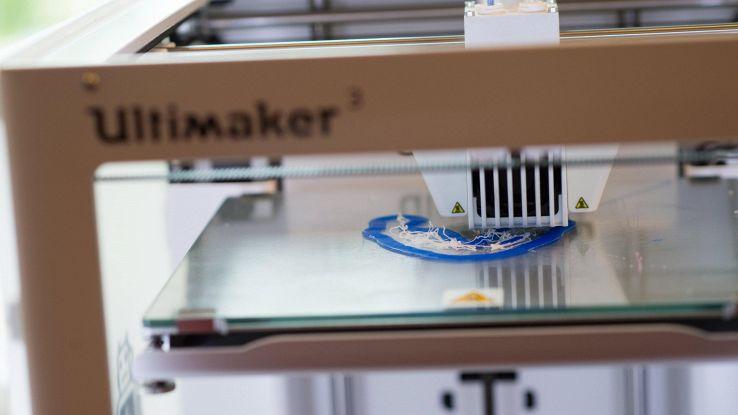 Stampante 3D crea prima pelle di colore