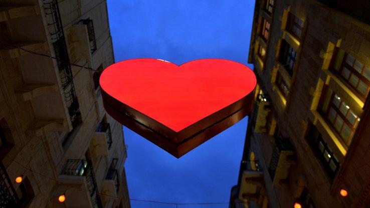 San Valentino, boom di e-mail truffa