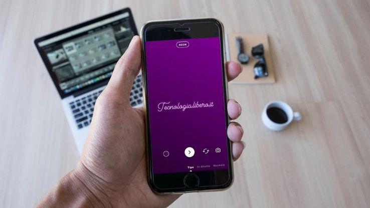 Come scrivere in corsivo nelle Storie Instagram