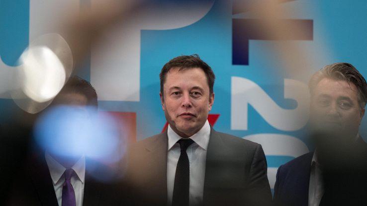 Elon Musk interessato all'editoria