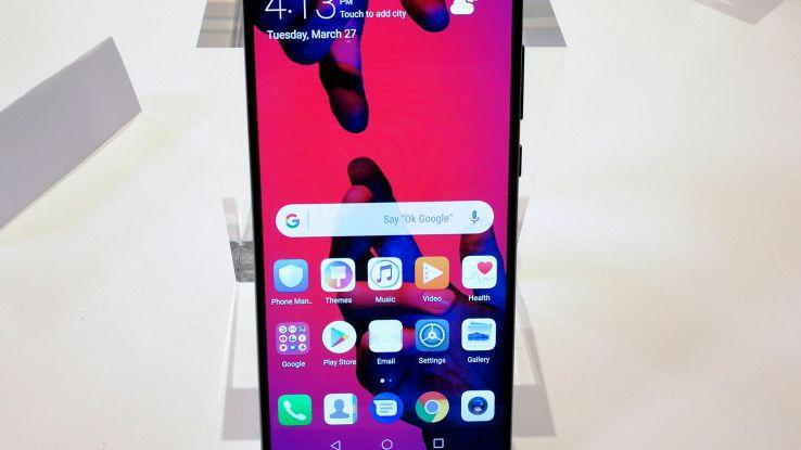 Huawei lancia smartphone P20