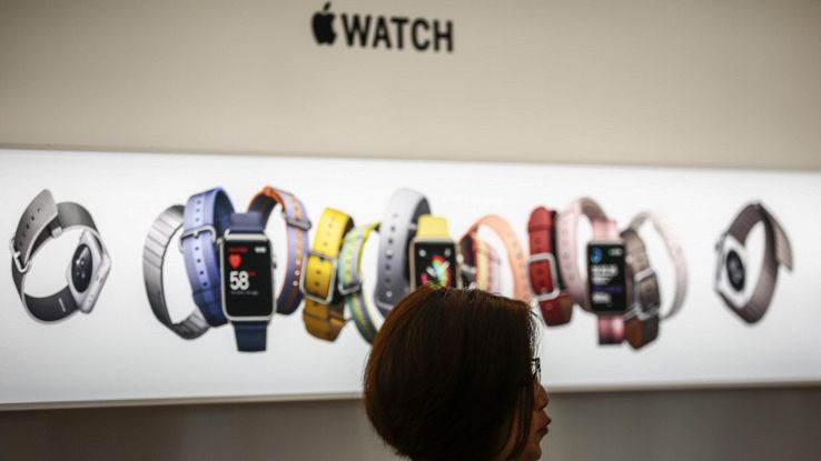 Cresce mercato wearable, Apple in testa