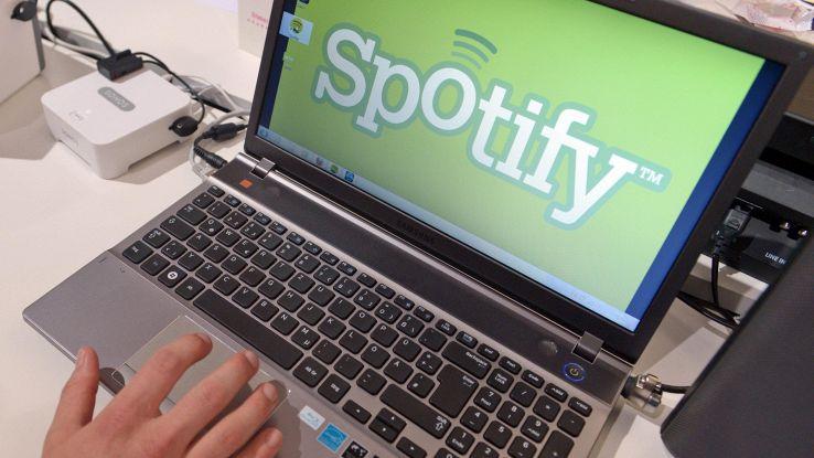 Spotify sperimenta la ricerca vocale