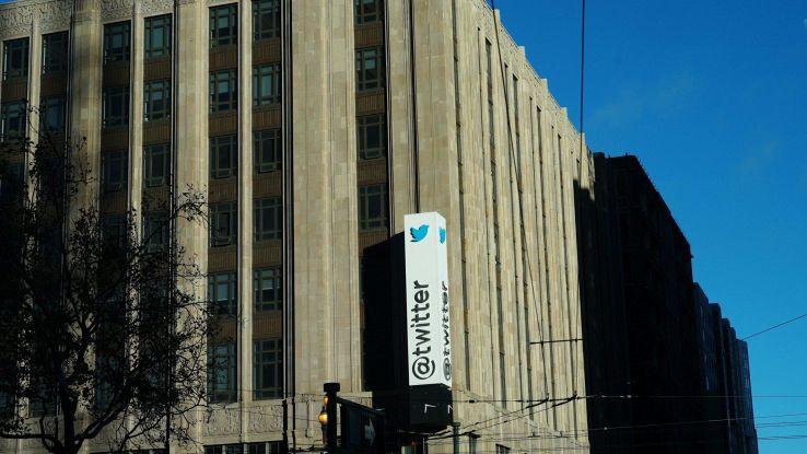 Twitter, nuova funzione con fotocamera