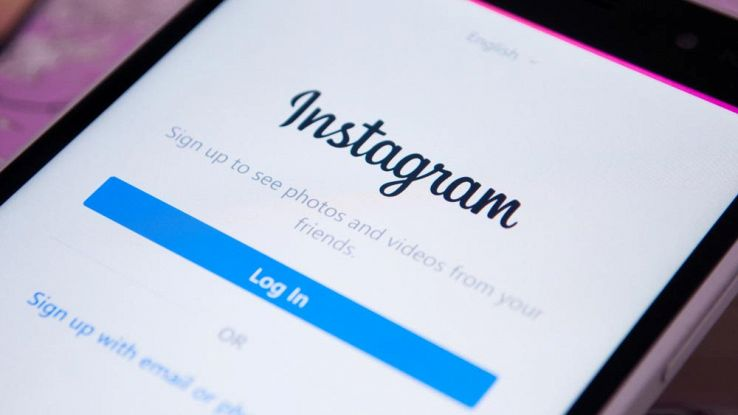 Instagram, in arrivo la funzione per chiamate e videochiamate