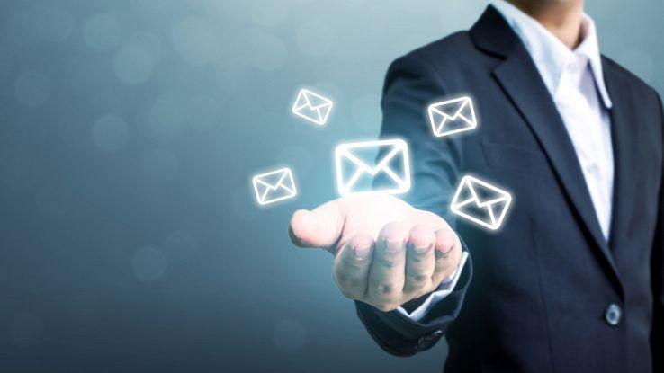 Con Libero Mail invia e ricevi i tuoi messaggi di posta