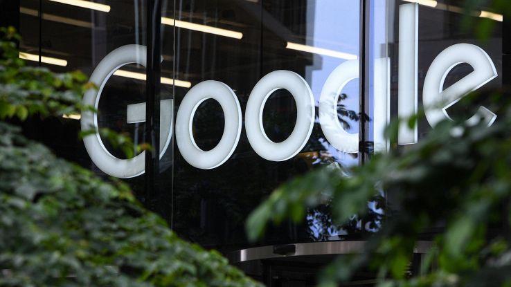 Google, compenso medio 197.000 dollari