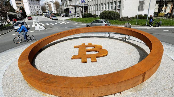 Bitcoin a solare, da Italia sfida green
