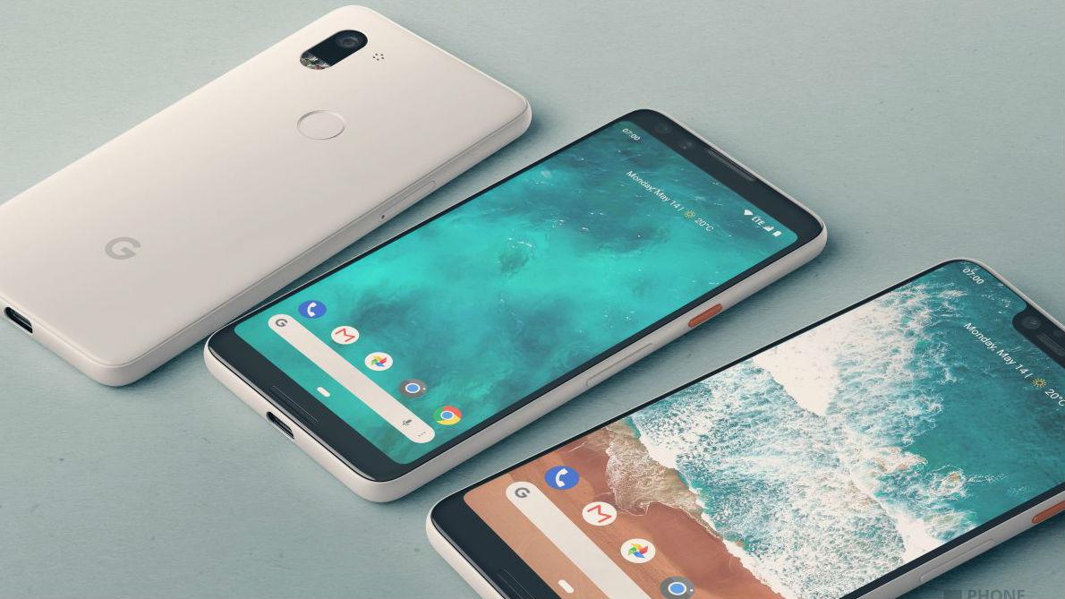 Tre smartphone Android su un tavole, due girati sulla parte anteriore e uno su quella posteriore