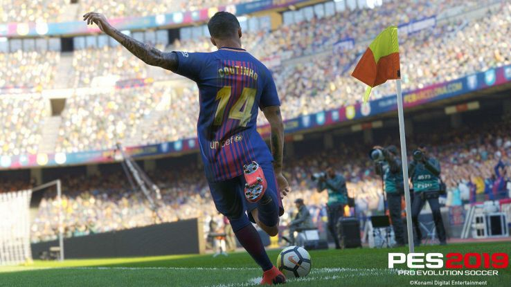 Philippe Coutinho si appresta a battere un corner su PES 2019