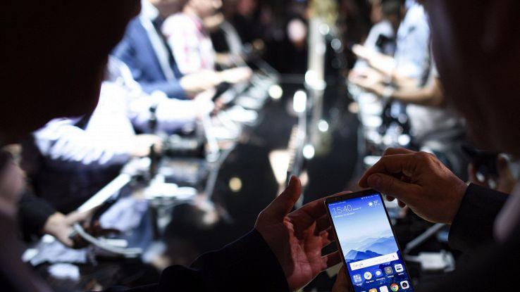 Cresce mercato globale smatphone, +1,3%